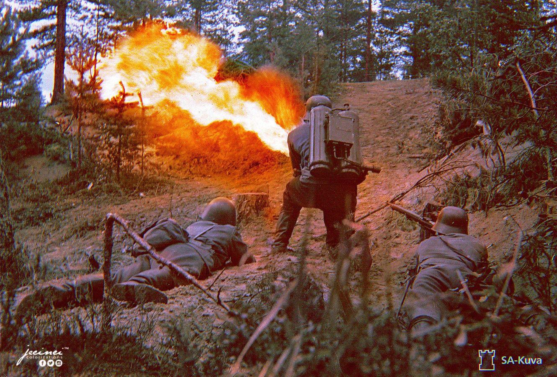 Finnish soldiers train with their liekinheitin M/40 flamethrower, 1940
