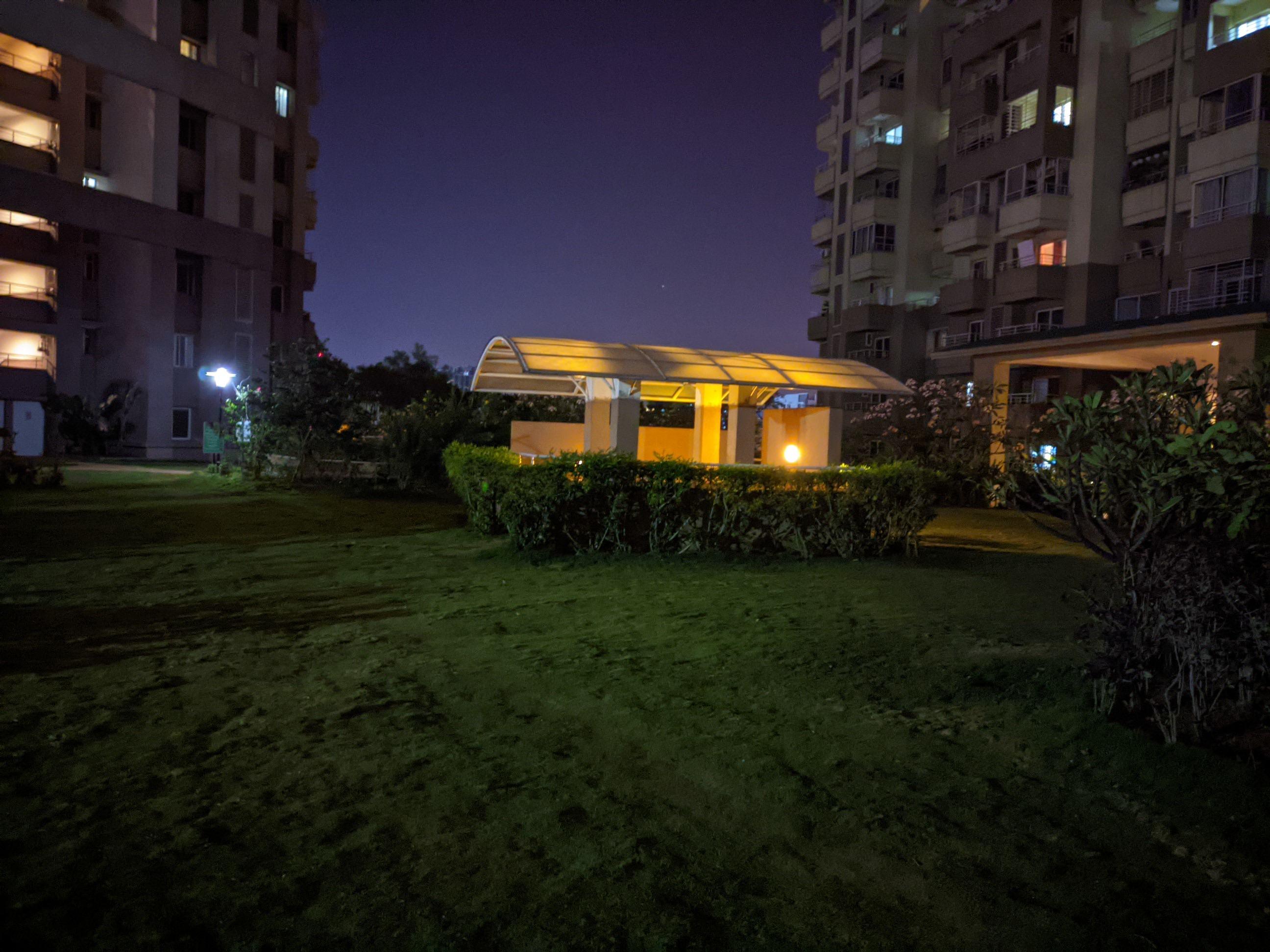 Nokia 5.4 Google Cam low-light