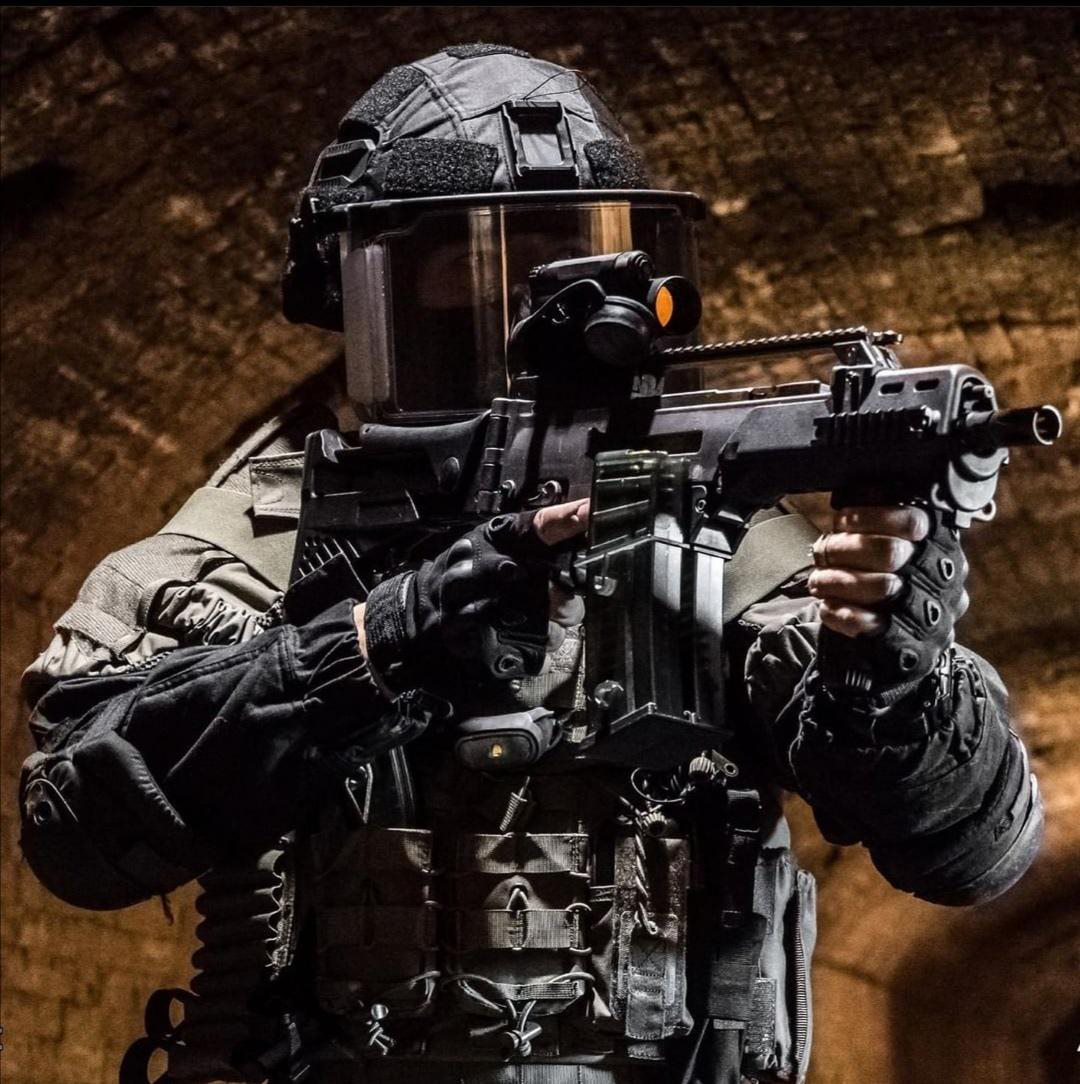 Element of the Portuguese Public Safety Police, GOE (Special operation Group)