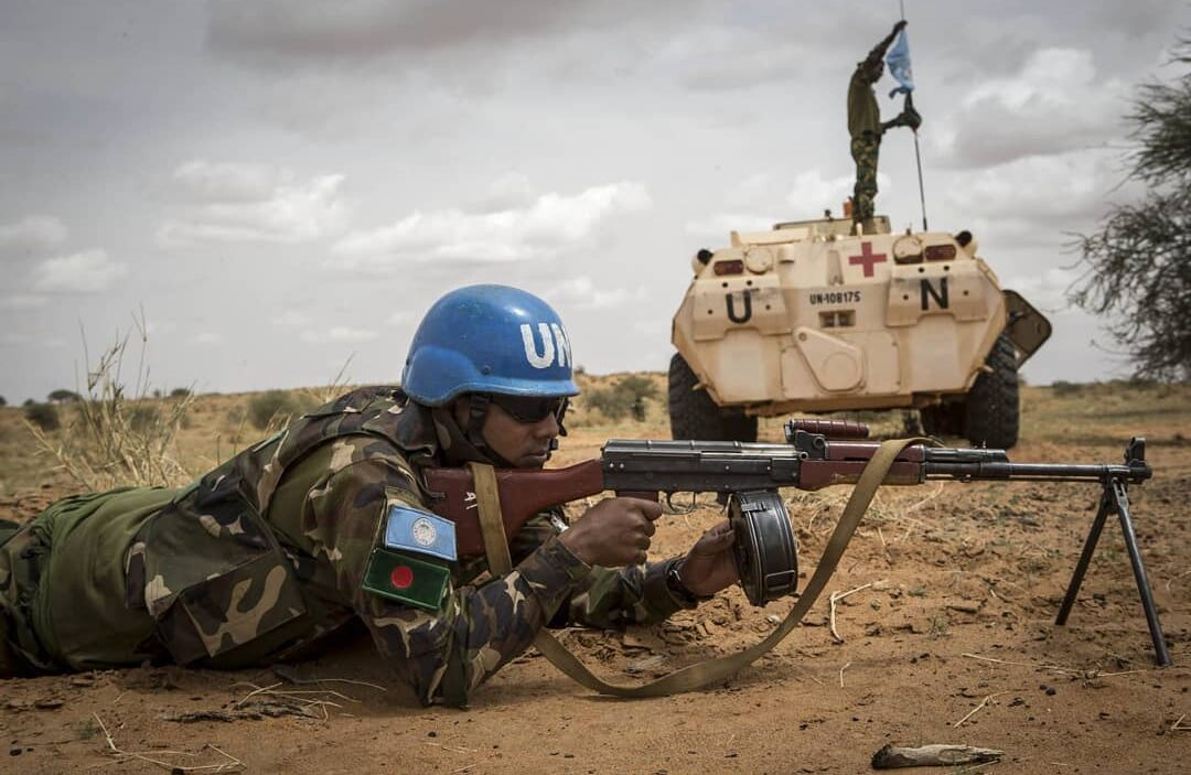 UN Bangladeshi peacekeeper in Mali he Is armed with a type 81 rpk date unknown