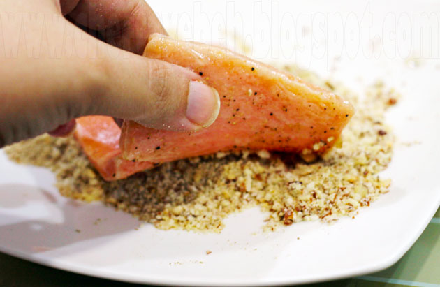 Almond-Crusted Salmon (6)